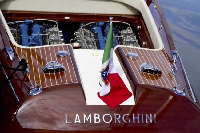 lamborghini-riva-aquarama-boat-5-650x433