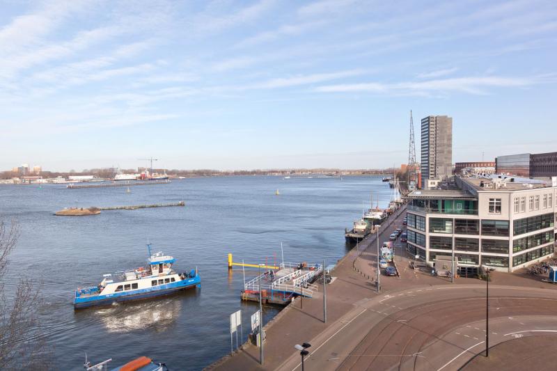 03-Azartplein-91-amsterdam-uitzicht-pontje