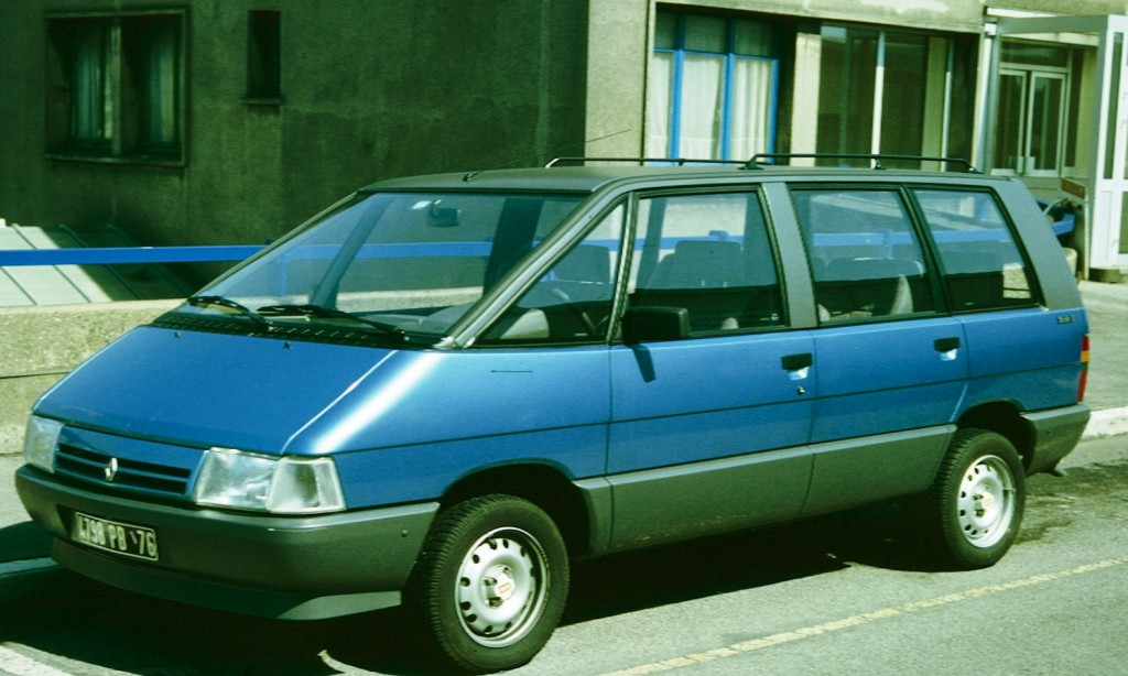Renault_Espace_1_en_France_azure