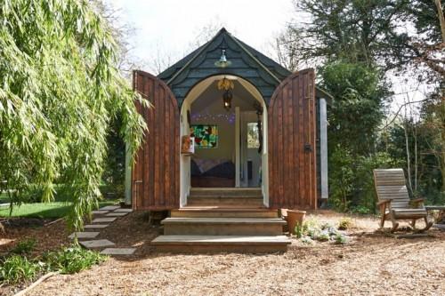 500_badgerbower-buckinghamshire-frontofthetabernacle