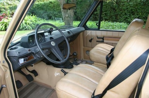 Land-Rover-Range-Rover-Classic-Images-3