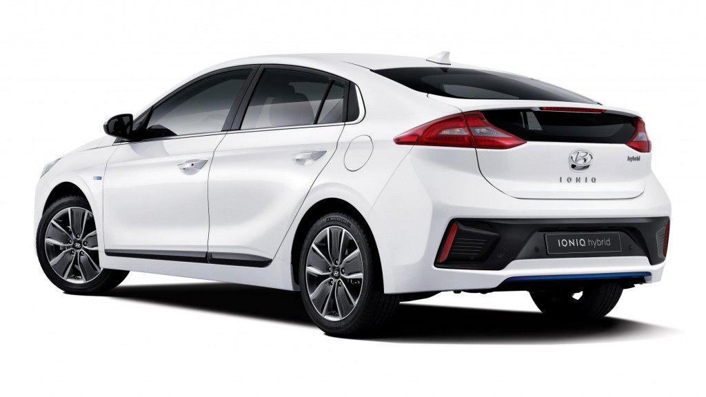 ioniq_a_leap_forward_for_hybrid_vehicles_exterior