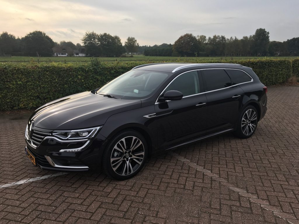 classydriving renault talisman estate initiale paris tce 200 edc classylifeclassylife. Black Bedroom Furniture Sets. Home Design Ideas