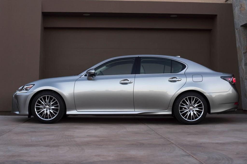 04_Lexus-GS-112015