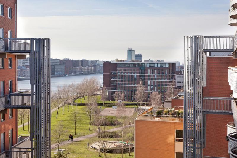 11-Azartplein-91-amsterdam-uitzicht-achterzijde