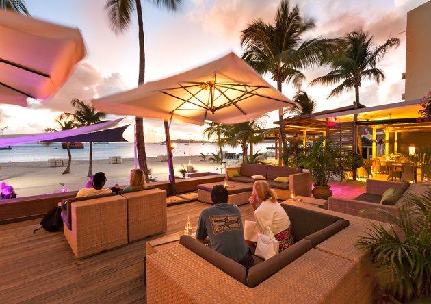 holland-house-beach-hotel