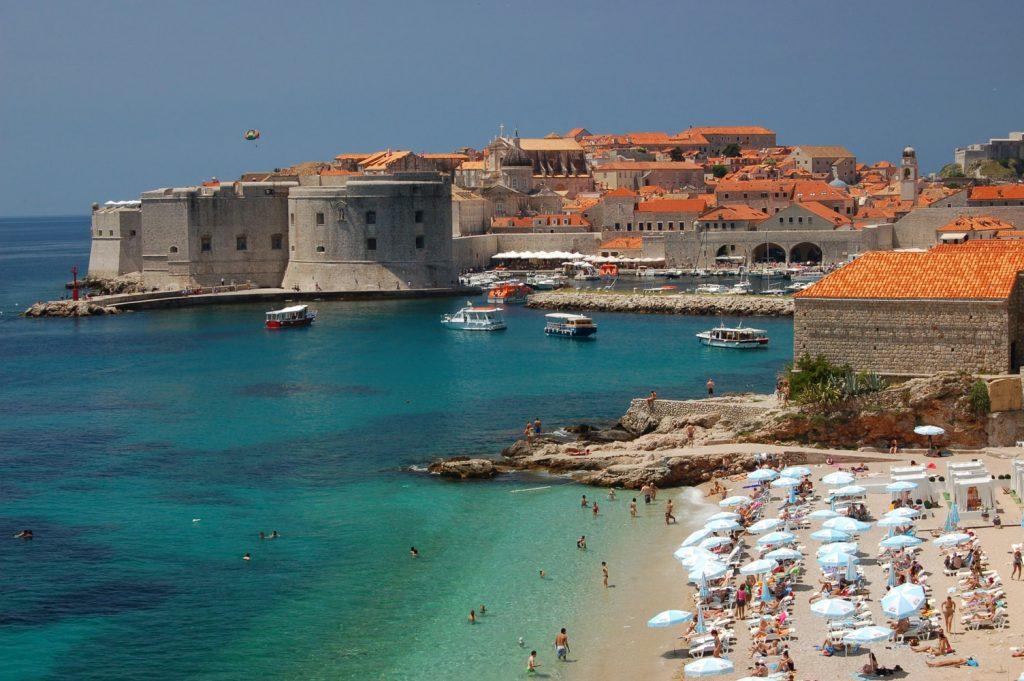 kroatie-strand-kasteel