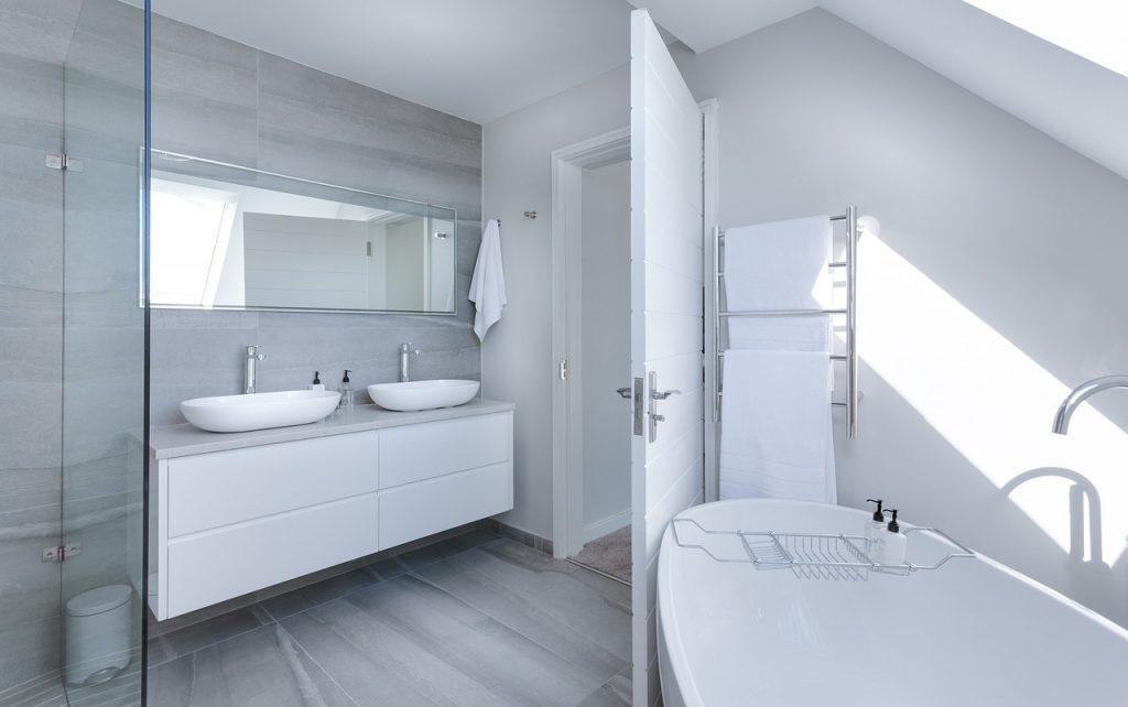 wit-houten-badkamer