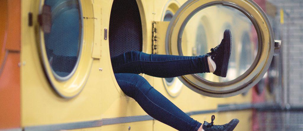wasmachine-meisje