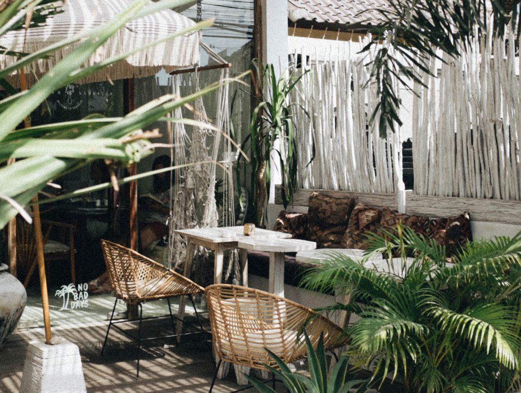 gezellige-witte-tuin