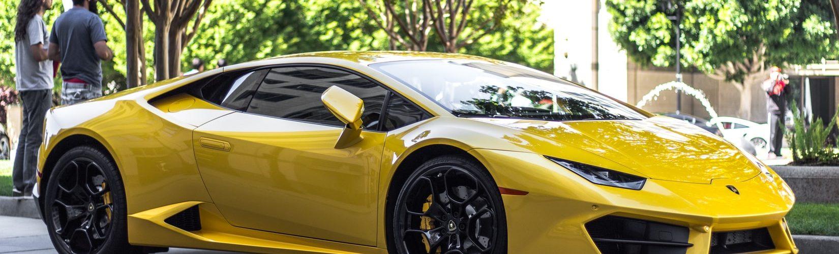 Ferrari 812 Superfast auto