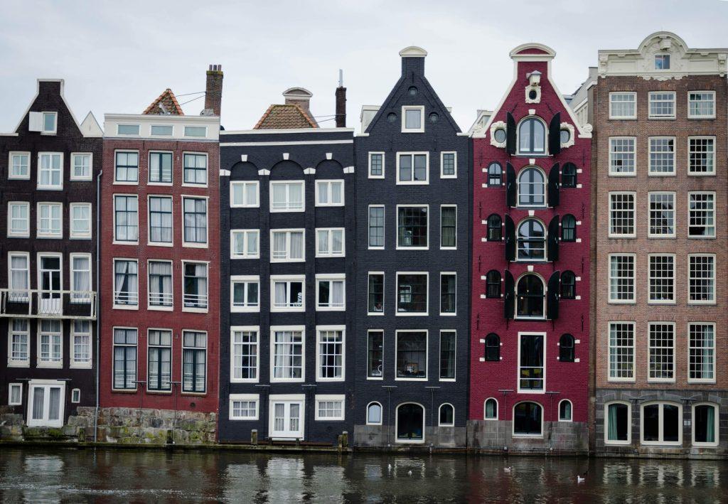 amsterdam-grachten-huizen