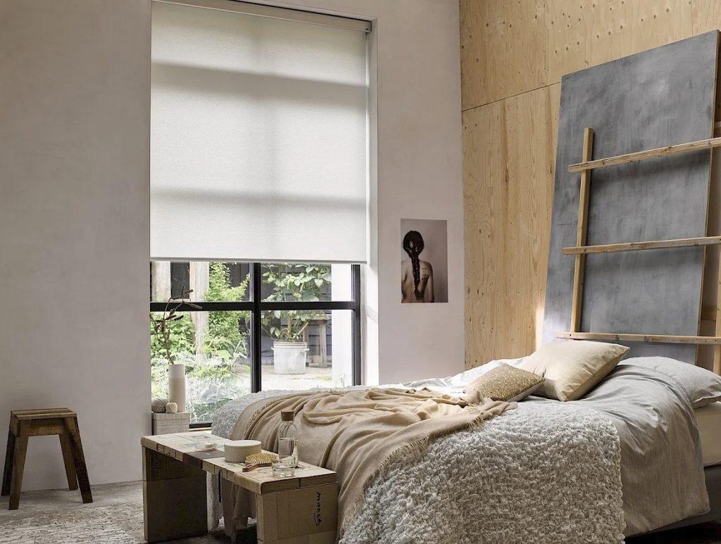 rolgordijn-wit-slaapkamer