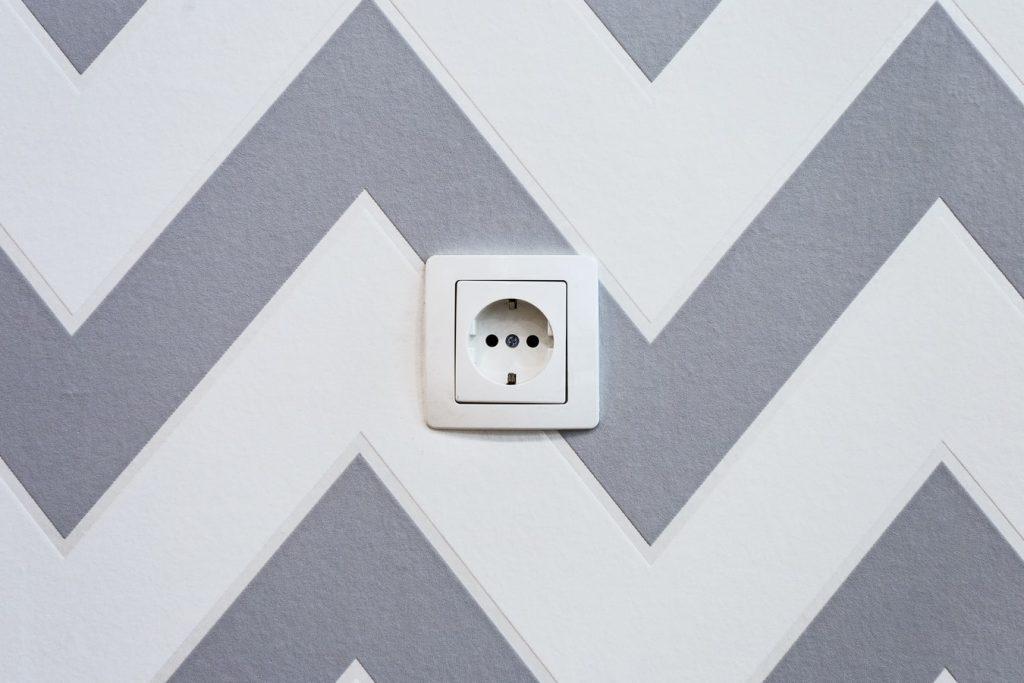 stopcontact-muur