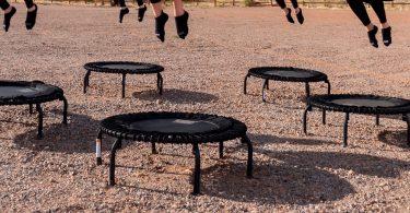zwarte-kleine-trampolines