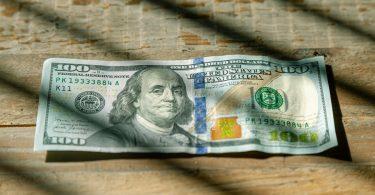100-dollar-geld