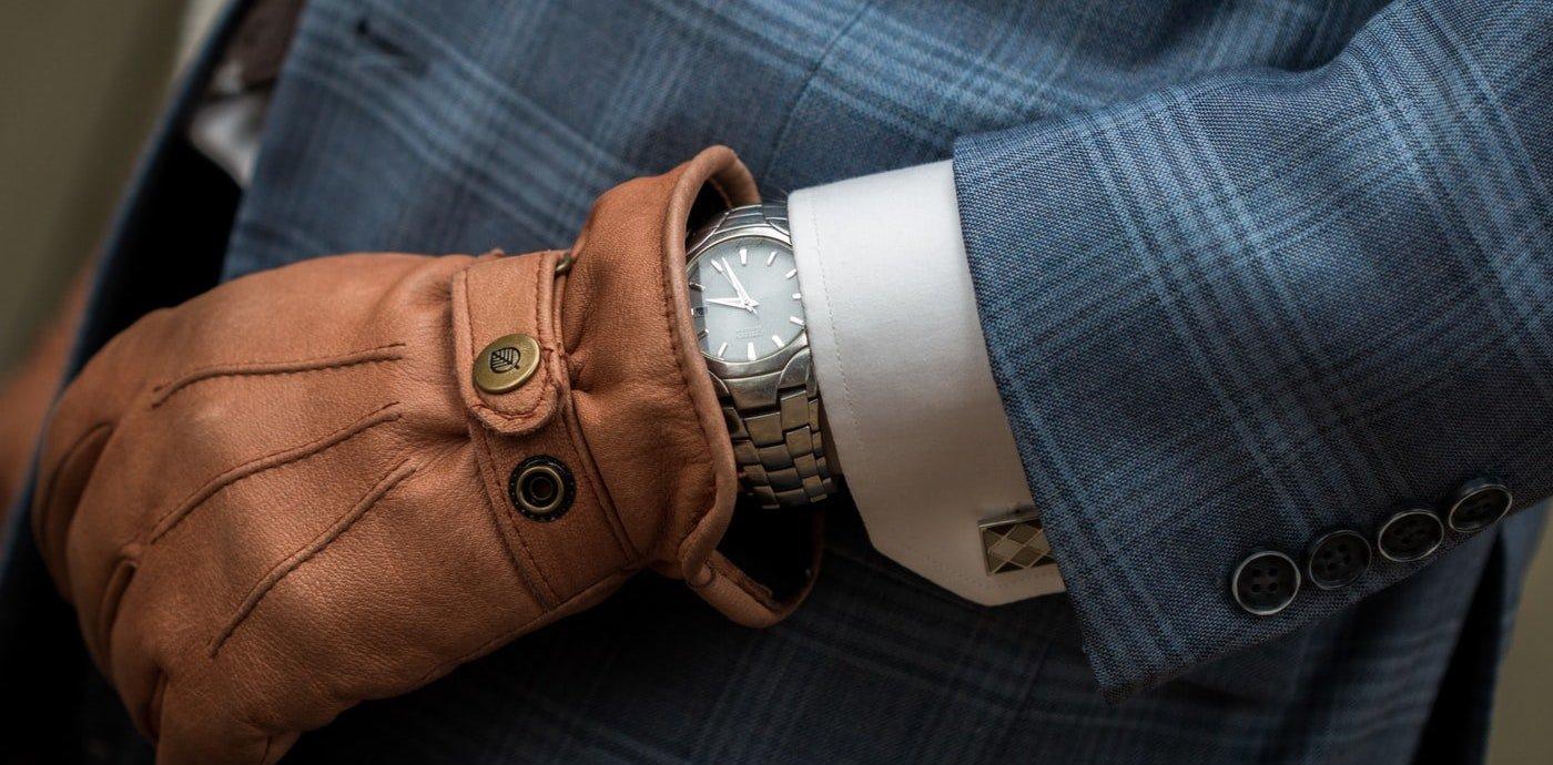 horloge-handschoen-klassiek