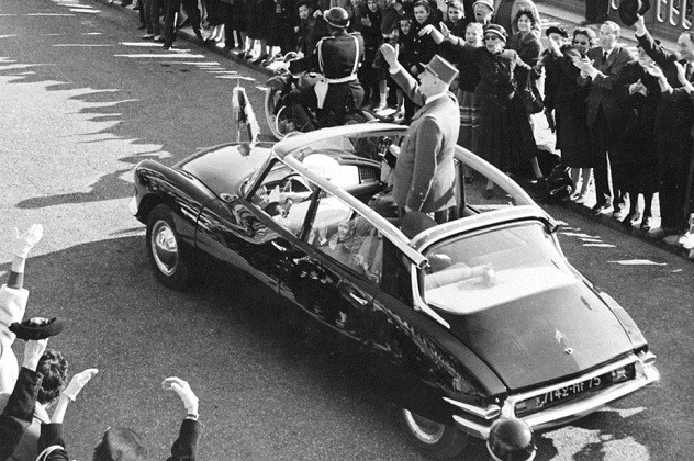 Charles-de-Gaulle-Owed-His-Life-To-A-Car