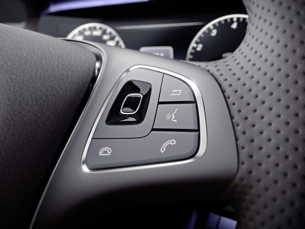 Mercedes-Benz E-Klasse, Touch-Control