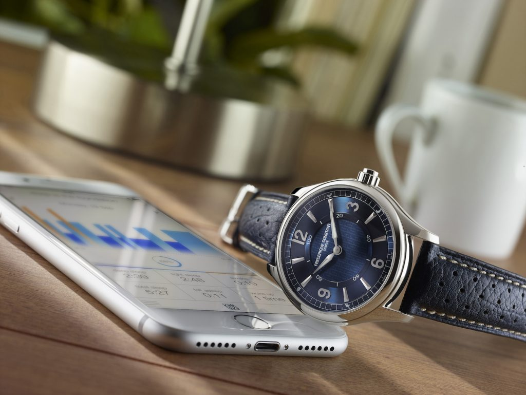 frederique-constant-brand-ambassador-gwyneth-paltrow-unveil-horological-smartwatch_fc-282an5b6