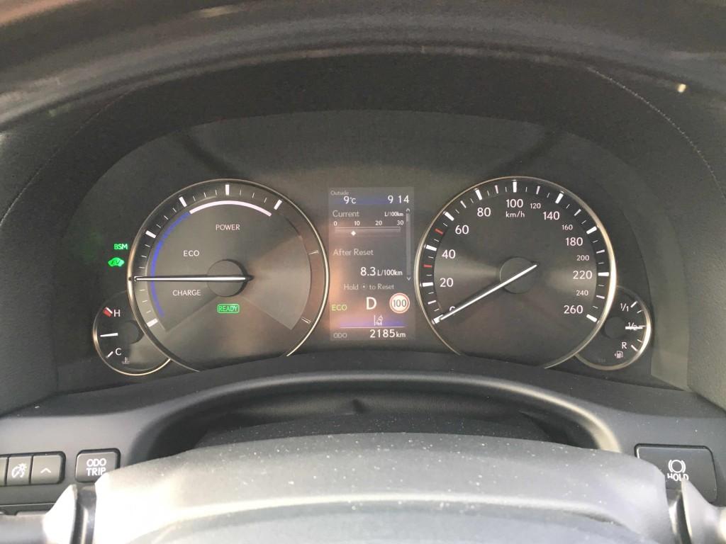 Lexus10